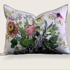NWT Designers Guilt Marietta Acacia Pillow